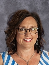 Junior High Principal Amy Schwarting